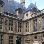 A Renaissance Mansion